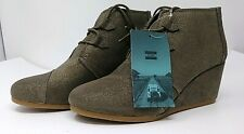 Toms Kala Desert Wedge Women's Boots in Dusty Gold Star Suede Size 10 - NEW!