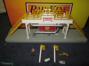 MTH RailKing 30-9141 Operating Storage Tank Station O Gauge w/Issues