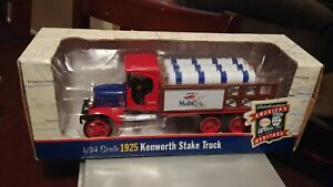 Ertl Collectibles 1925 Kenworth Stake Truck 1/34 Mint Boxed