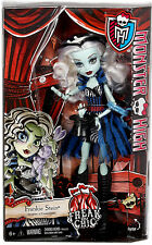 Monster High ~ FRANKIE STEIN DOLL ~ Freak Du Chic ~ MATTEL