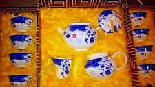 Chinese tea set  8 small cups, teapot, diffusser, creamer and cups. Complete Set