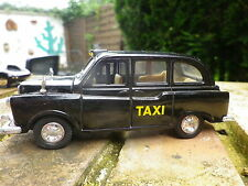 WELLY AUSTIN LONDON TAXI CAB échelle autour du 1:38, comme neuf, sans boite.