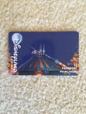 RETIRED EURO DISNEY DISNEYLAND PARIS PASSPORT ADMISSION CARD TICKET PASS SPACE M