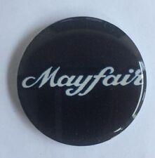 38mm Mini Mayfair Negro y Blanco Gel semicirculares de resina Insignia Personalizado