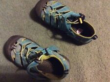KEEN girls sz 2 sandals