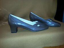 TROTTERS - Size 11 N - Leather Pumps - Heels (Brown)