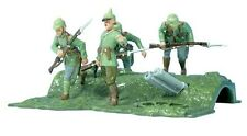 """William Britains Soldiers 41104 WWI German Infantry """"Over The Top"""" NIB Retired"""