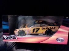 NASCAR 2001 HOT WHEELS #17 MATT KENSETH DEWALT TOOLS 1:24 SCALE DIE CAST REPLICA