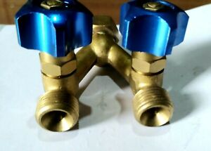 Gas Double Outlet with Y Piece Adaptor Valves *RH* OXYGEN / ARGON - BLUE