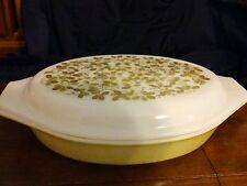 Vintage PYREX VERDE GREEN OLIVES 1 1/2 QT Divided Dish & Lid