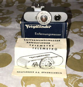 Voigtlander Shoe Mount Rangefinder in Feet with Box and Instructions