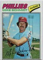 1977 Topps #140 Mike Schmidt Near Mint Philadelphia Phillies FREE SHIPPING