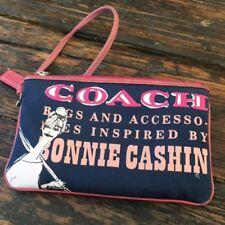 COACH Cashin Wristlet 2