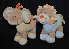 Lot 2 peluche doudou éléphant & lion NICOTOY brun beige grelot 21 cm NEUF