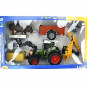Bruder 01041 Traktor Fendt 209S mit Frontlader, Hecklader, Anhänger und Zubehör