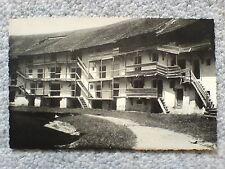 1 alte AK Ungarn, Lagerhaus ? Wohnhaus ? ungelaufen um 1930