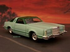 1978 78 FORD THUNDERBIRD 1/64 SCALE DIECAST COLLECTIBLE MODEL - DIORAMA