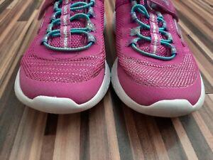 Girls Skechers Size 2.5