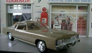 Dealer JoHan Promo Car 1976 Cadillac Eldorado Beige 1/25 SCALE PLASTIC MODEL CAR