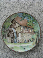 ASSIETTE MURALE DE COLLECTION NUMEROTEE 1987 Décor MOULIN  A EAU 19,5 cm