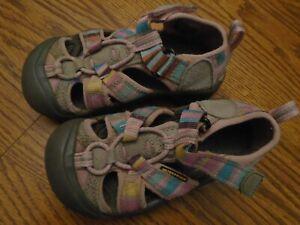 KEEN size 10 toddler multicolor stripe waterproof sport sandals, adj. strap Ex.