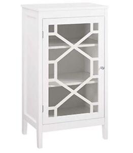 "Riverbay Furniture 20"" Curio Cabinet in White"