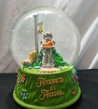 Amaretto Di Amore 1998 Valentine's Day Musical Water Globe Plays La Paloma