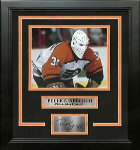 Pelle Lindbergh Action Philadelphia Flyers Framed Photo with Engraved Autograph