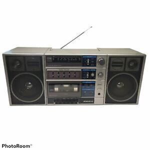 Sanyo C30 AM/FM Vintage Radio Cassette Ghettoblaster Boombox 1980's