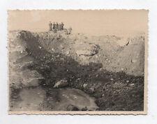 PHOTO ANCIENNE Bombardement Boulogne Sur Mer 15 juin 1944 Trou de Bombe Guerre