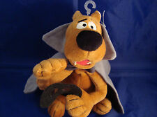 "WARNER BROS STUDIO STORE-VAMPIRE SCOOBY-DOO-9 ""-CAPE-MASK-BEAN PLUSH-NEW/TAGS"