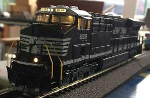 Broadway Limited USA GE ES44AC Diesellok DC/DCC Sound & Rauchentwickler NS #8128