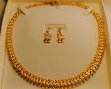 22 K SOLID YELLOW GOLD NECKLACE, EARRINGS LENGTH 17.7/8'', 35.82 Gram.