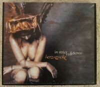 In Strict Confidence HERZATTACKE Audio-CD 2002 EBM Industrial Electro Schuber 1A