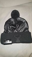 NEW ERA CHICAGO BULLS CRUCIAL POM BEANIE ADULT HAT BLACK 80204295 NEW MENS