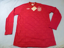 NWT Umbro Euro 2012 England Red Home Goal Keeper Jersey (Men Size 44 or LARGE)
