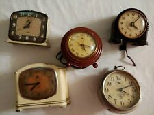 Lot of 5 Vintage & Antique Clocks For Parts Gilbert, Wards, Telechrons Some Work