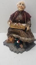 Jacqueline Kent Priceless Gift Grandma Doll 342007 Town Folk Feed The Birds COA