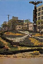 BG33735 the flower clock in front of the city hall kobe  japan