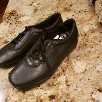 SAS Tripad Comfort Women's Lace up Shoes Black Leather Size 11N. New without box