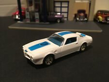 1:64 Hot Wheels LE 1970 70 Pontiac Firebird Trans Am White with Blue Stripe