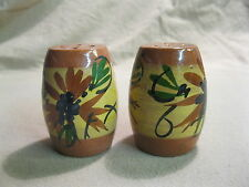 Vintage Red Clay Barrel Mountain Cornflower Salt and Pepper Shakers            6