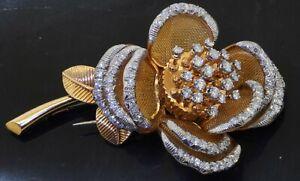 French hallmarked heavy 18K gold 4.50CTW VS/F diamond En Tremblant flower brooch