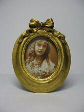 n355) Nostalgischer Bilderrahmen Bild Rahmen Goldfarben Schleife Oval 11,5cm
