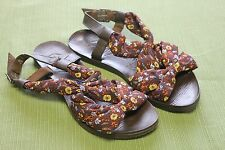 GUPPY LOVE BY BLOWFISH BROWN FLORAL FABRIC & LEATHER SANDALS WOMENS SZ 5 1/2M