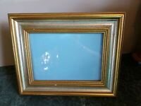 """Lovely Vintage Gold Wood Picture Frame Tabletop or Wall Photo Holds 5"""" × 7"""""""