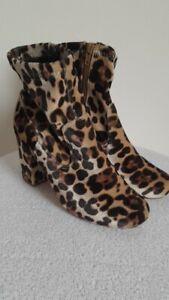 RIVER ISLAND ankle boots size 4 velvet leopard high block heel sock smart