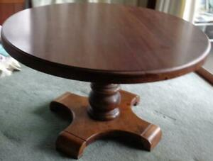 Vintage Thomasville Round Dining Table – VGC – LARGE STURDY SOLID WALNUT TABLE