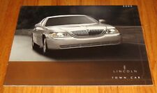 Original 2005 Lincoln Town Car Deluxe Sales Brochure