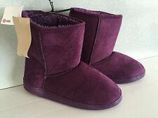 BNWT Older Girls Sz 5 Target Brand Mid Length Pretty Purple Slipper Boots